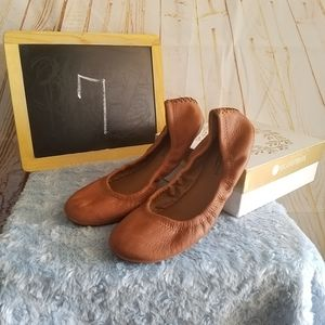 Lucky Emmie Leather Flats Bourbon